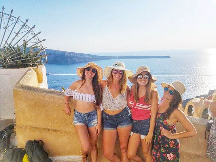 5 Ways To Make Friends While Solo Traveling