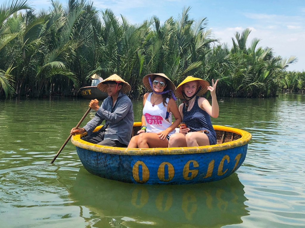 Vietnam solo travel excursion