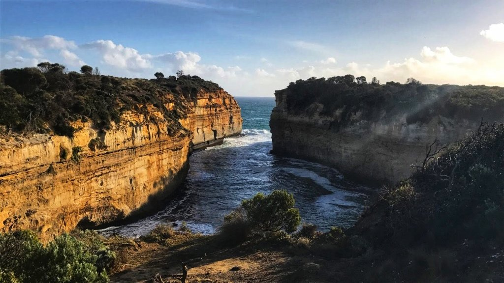 a day trip to the great ocean road